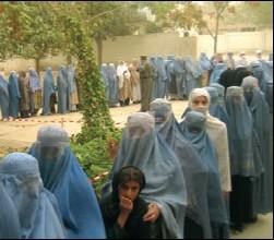 Women voting in Afghanistan, 2004