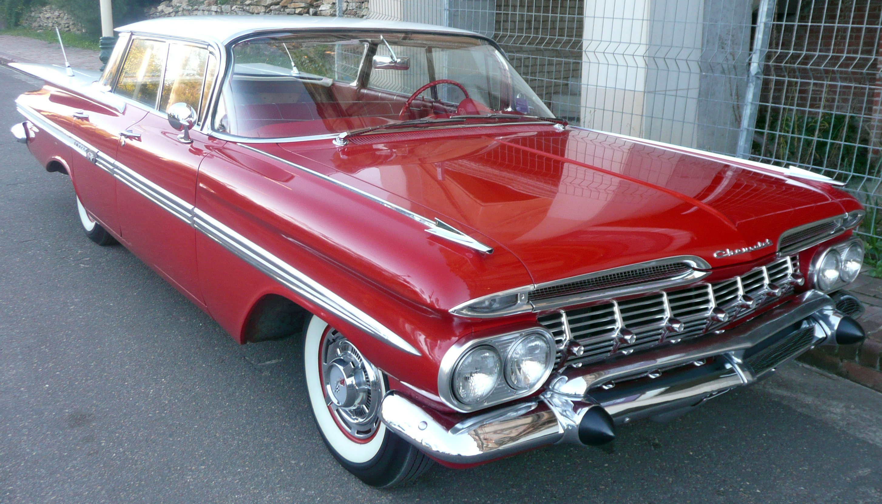 File:1958-1960 Chevrolet Impala sedan 01.jpg - Wikimedia Commons