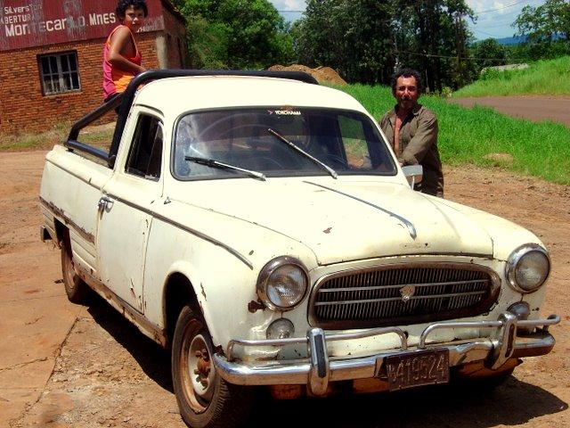 Assez File:1967-1972 Peugeot 403 Pickup.jpg - Wikimedia Commons KU26