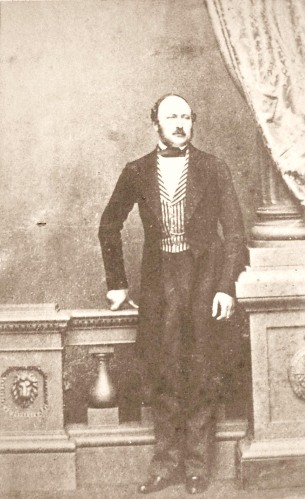 Victoria And Albert S Queen Victoria Room