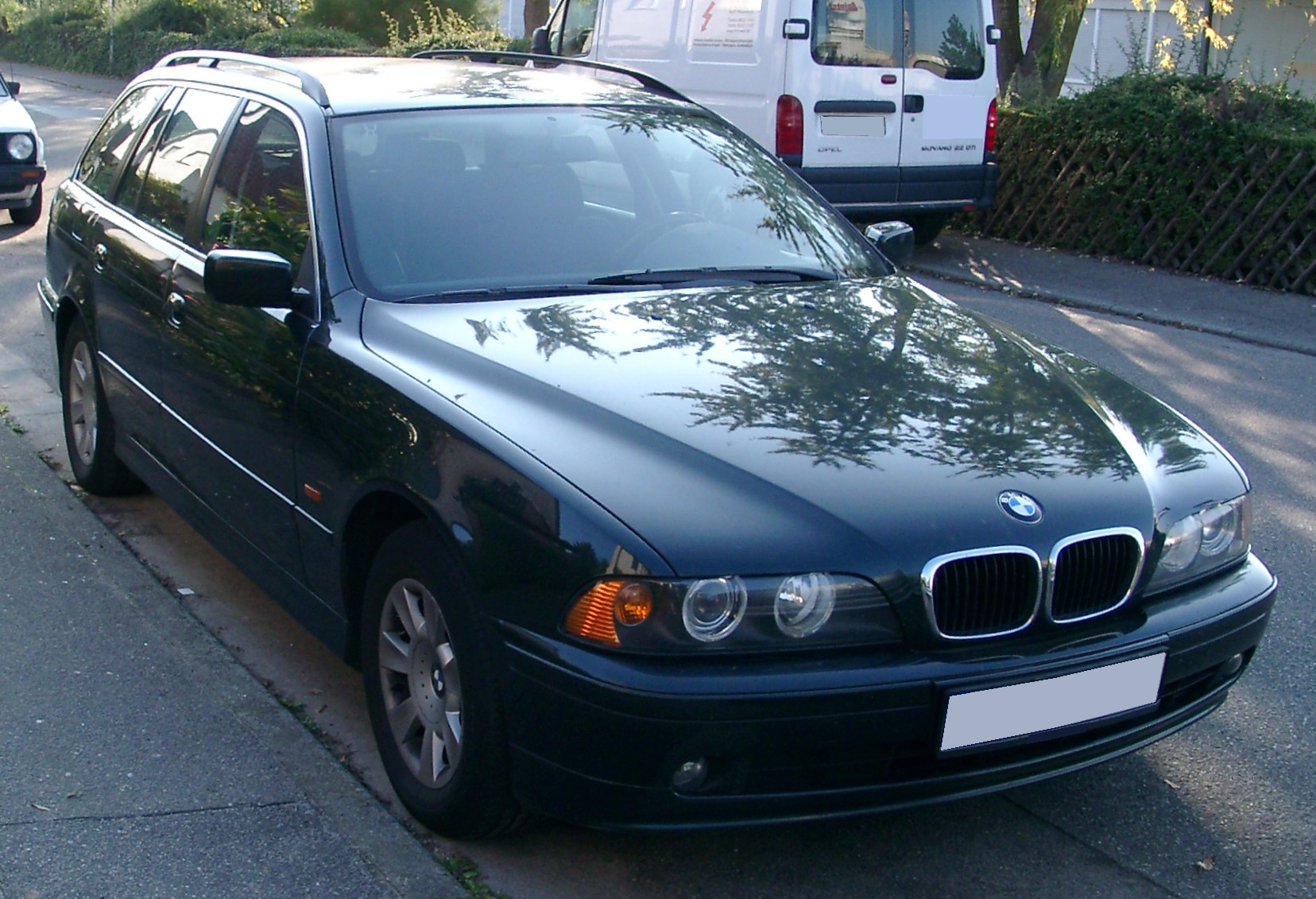 FileBMW E39 Touring front 20071007jpg  Wikimedia Commons