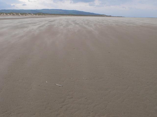 Beach near Point of Ayr - geograph.org.uk - 674127