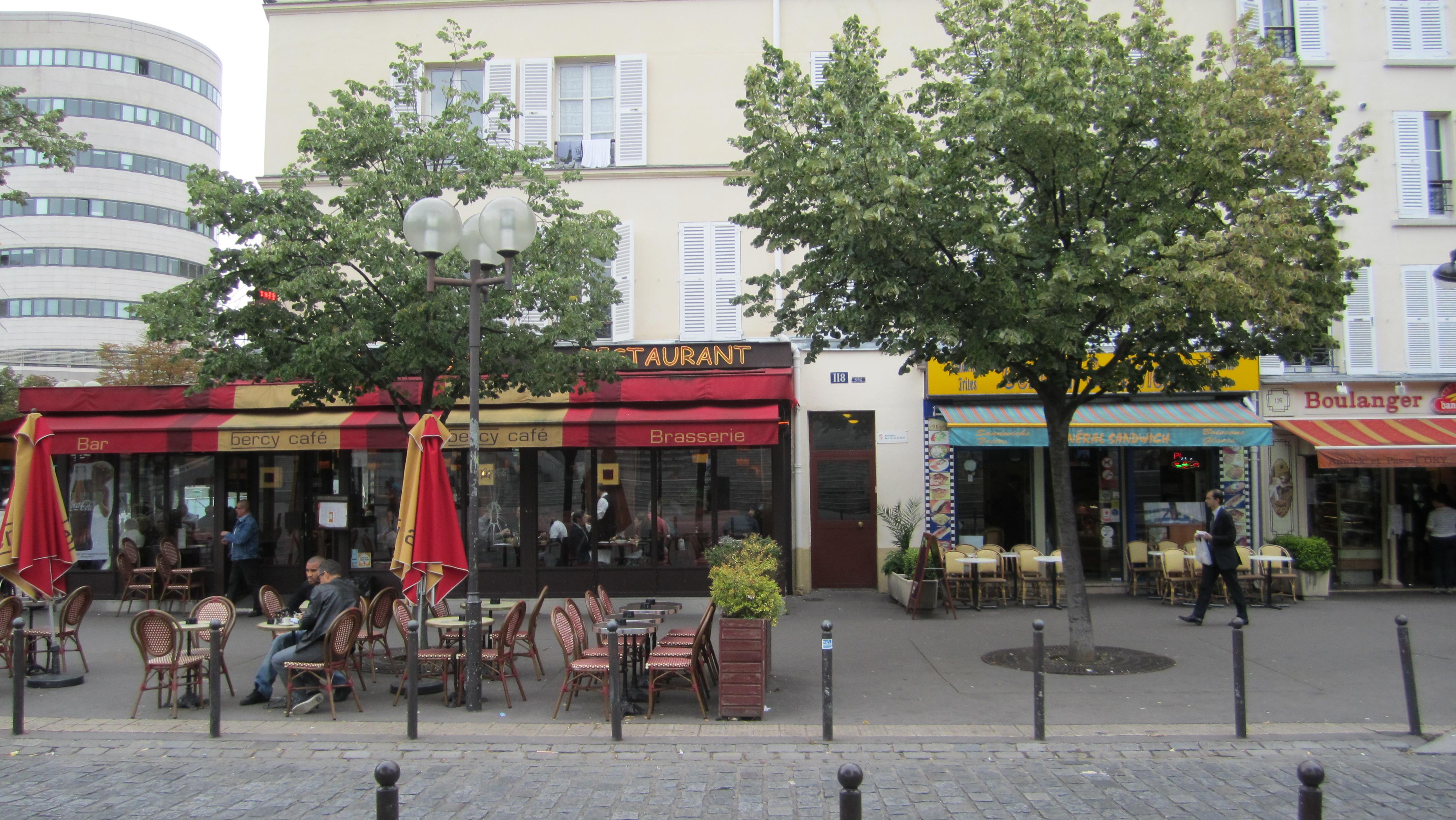 Caf Ef Bf Bd De Paris Rue De L  Ef Bf Bdchelle