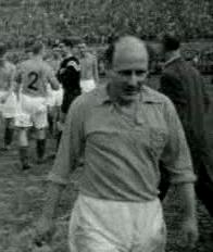 Le Bordelais Johannes Lambertus de Harder, ici en 1955 sous le maillot des Pays-Bas, est le deuxième meilleur buteur du championnat avec 25 buts.