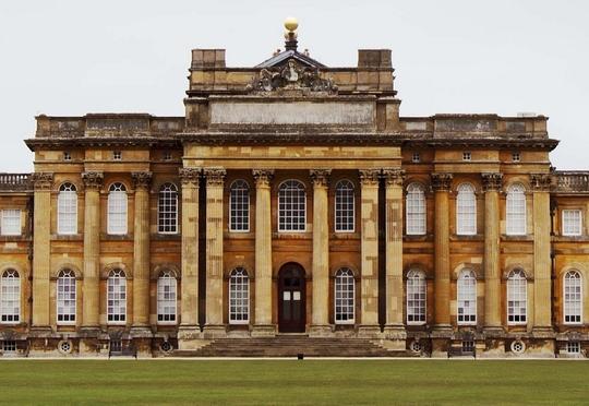 Blenheim palace u k