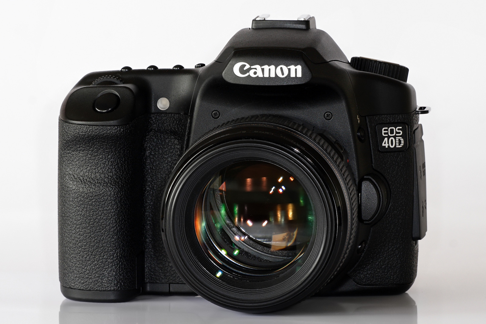 File:Canon EOS 40D and...