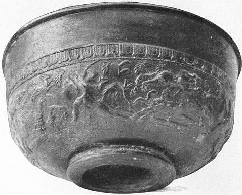 EB1911 Ceramics Fig. 69.—BOWL OF GAULISH (LEZOUX) WARE.jpg