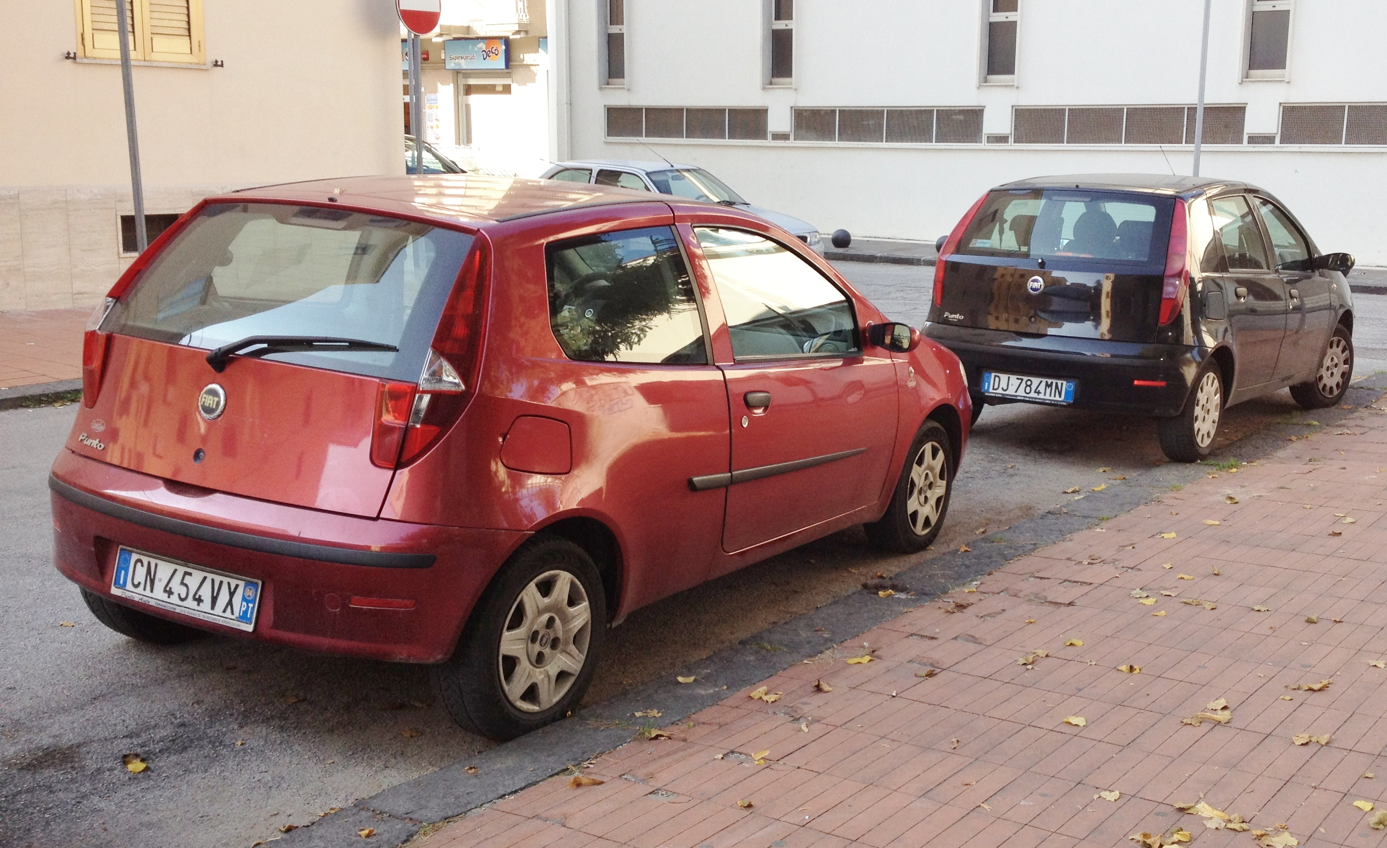 file fiat punto 188 facelift 3door 5door jpg wikimedia. Black Bedroom Furniture Sets. Home Design Ideas