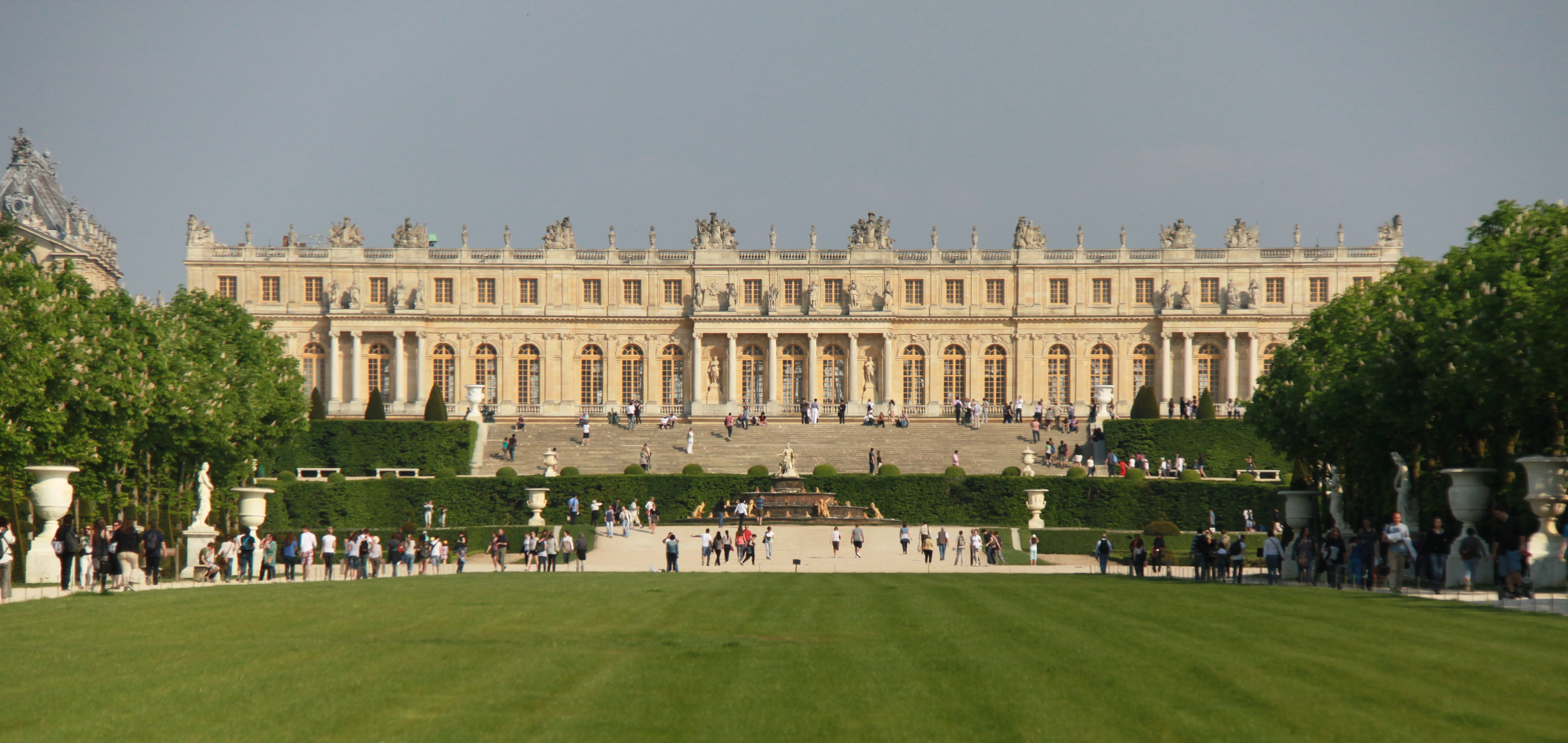 File Garden Facade Of The Palace Of Versailles April 2011 2 Jpg Wikimedia Commons