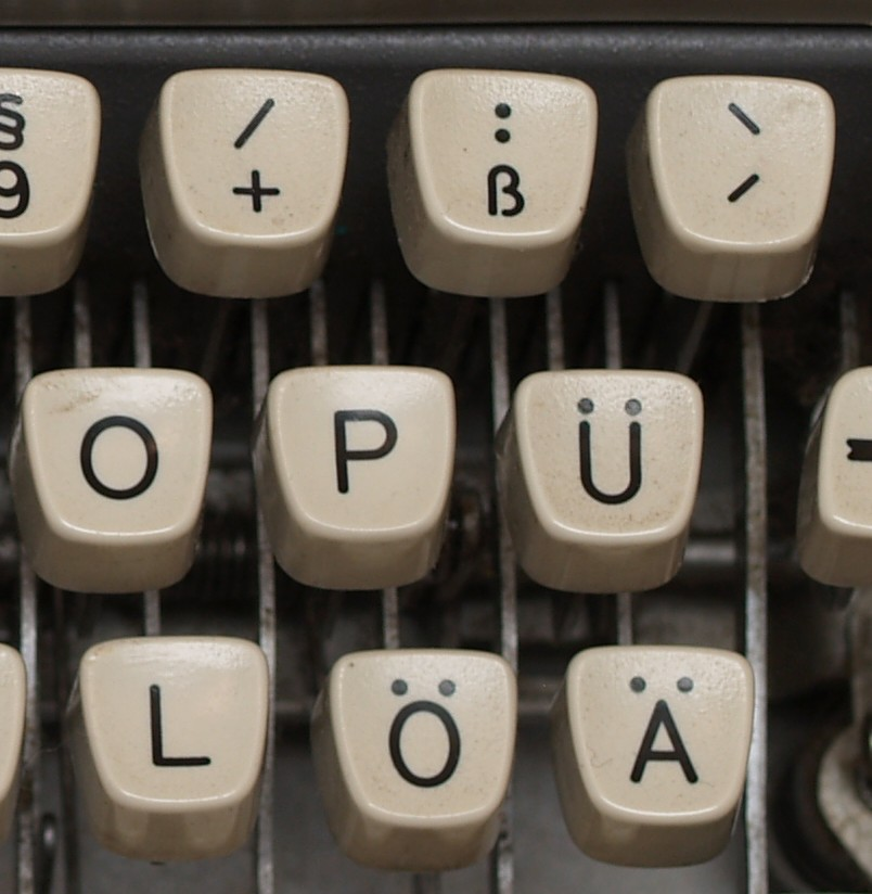 hekeyand,,ona1964ermantypewriter