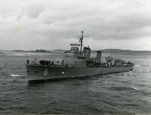 File:HMS Stockholm port side.jpg