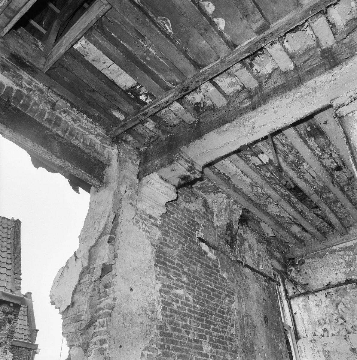 File interieur sleutelstuk 1e verdieping dordrecht for Gulden interieur