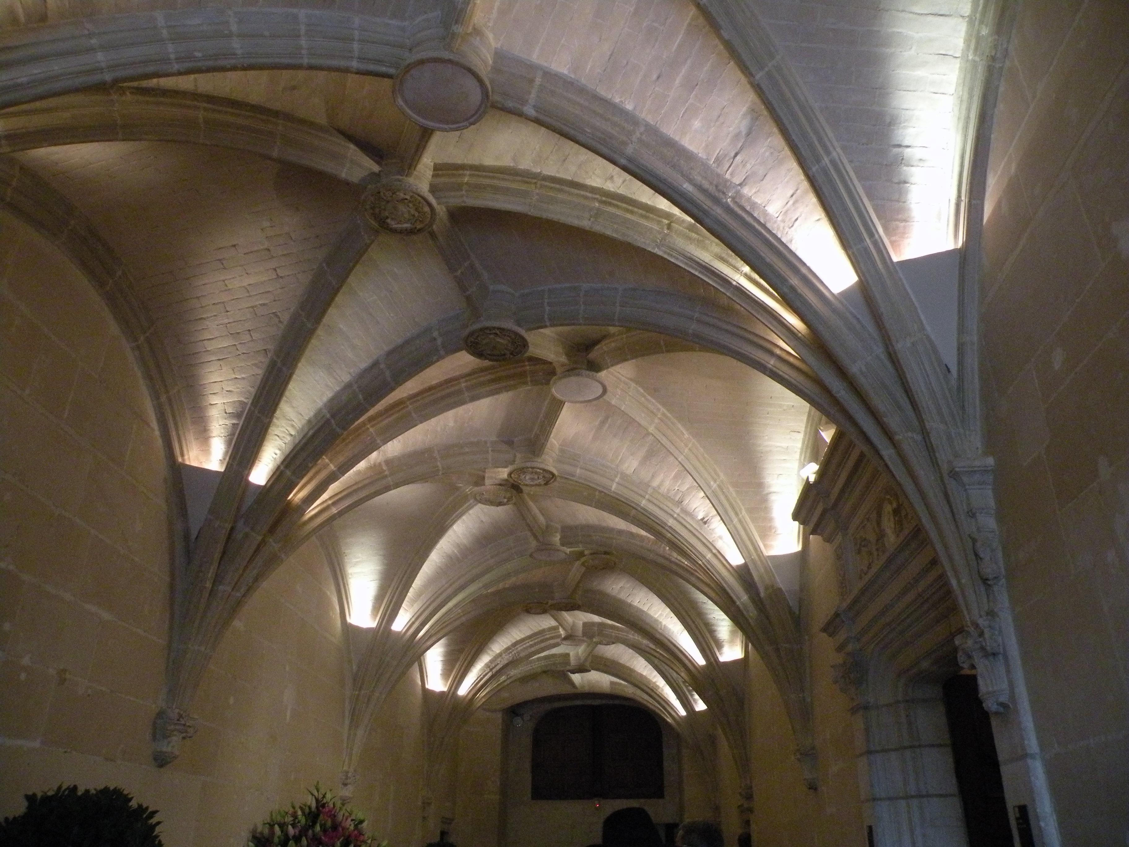 File:Interior of Château de Chenonceau 06.JPG - Wikimedia Commons