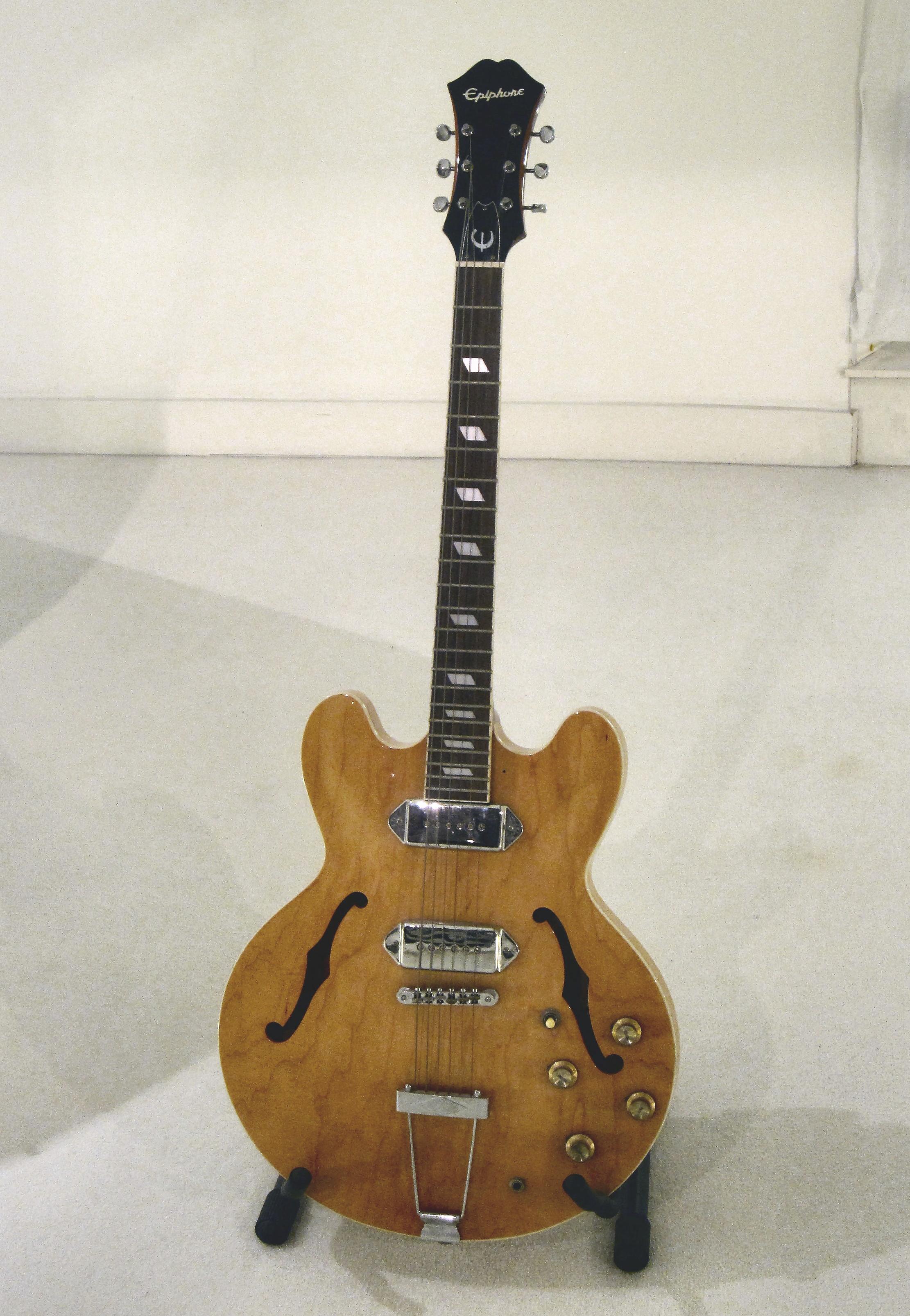 Epiphone CASINO ThinLine Hollow Body Electric Guitar