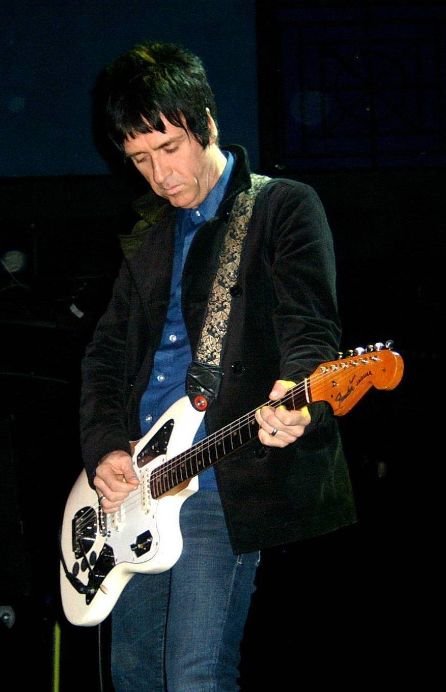 http://upload.wikimedia.org/wikipedia/commons/e/e9/Johnny_Marr_%28The_Cribs%29_at_the_9-30_Club_1.jpg
