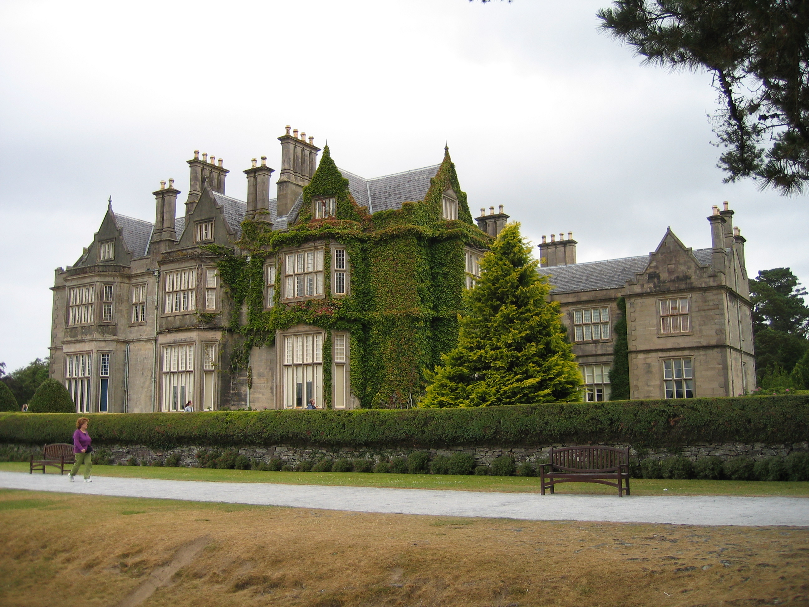 Http Commons Wikimedia Org Wiki File Muckross House 1 Jpg