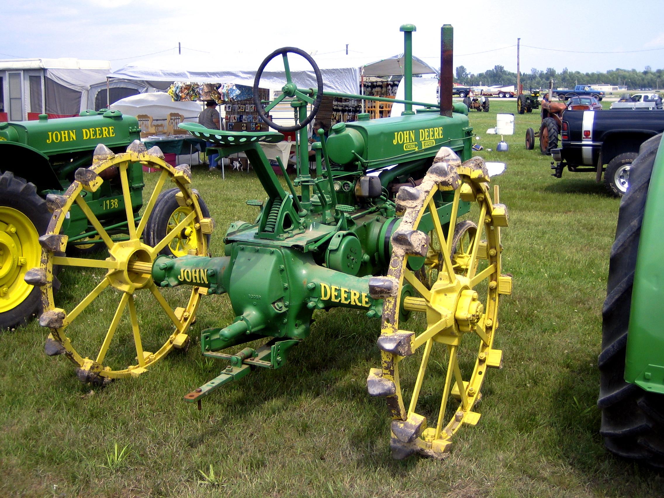 Old John Deere Tractors : File old john deere g wikimedia commons