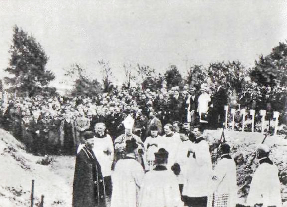 Plik:Pogrzeb po przewrocie majowym 1926.jpg