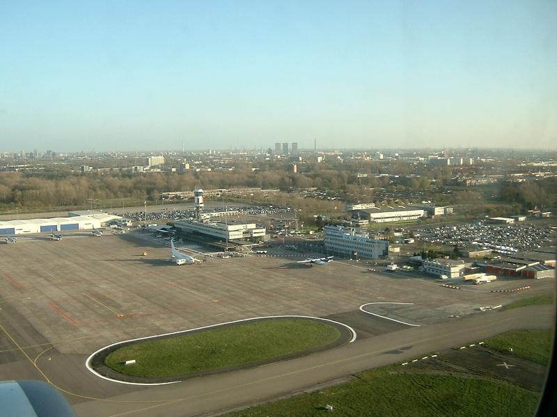 File:Rotterdam airport luchtfoto.jpg