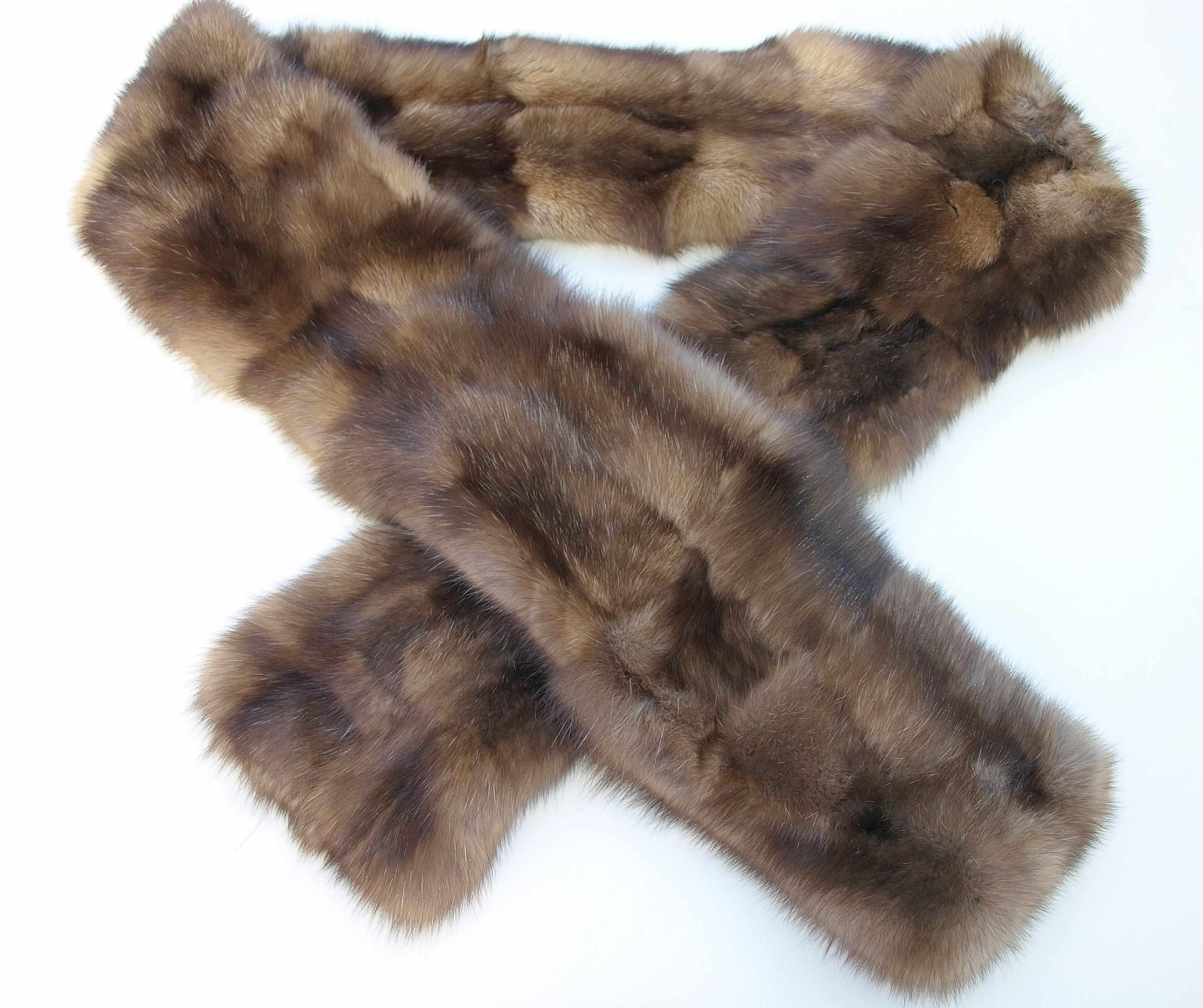 File sable patch work fur stole - Stoel fur ...