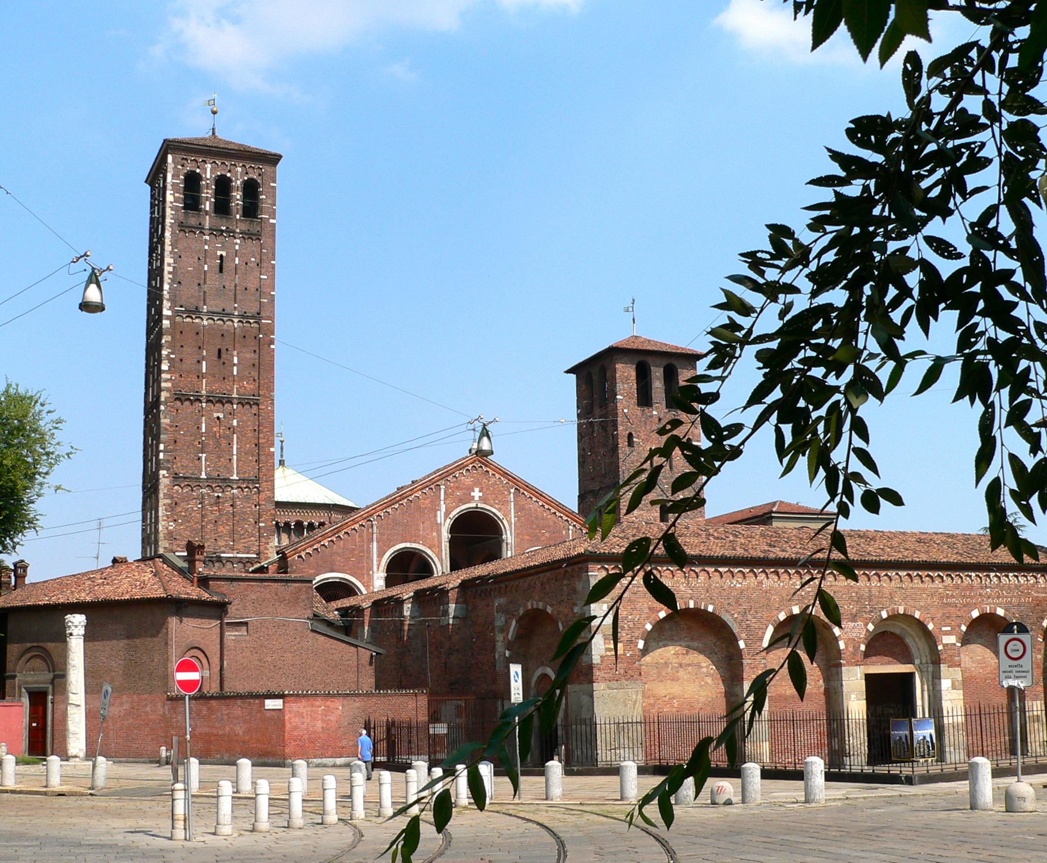 Il Portico Di Sam basilica of sant'ambrogio - wikipedia