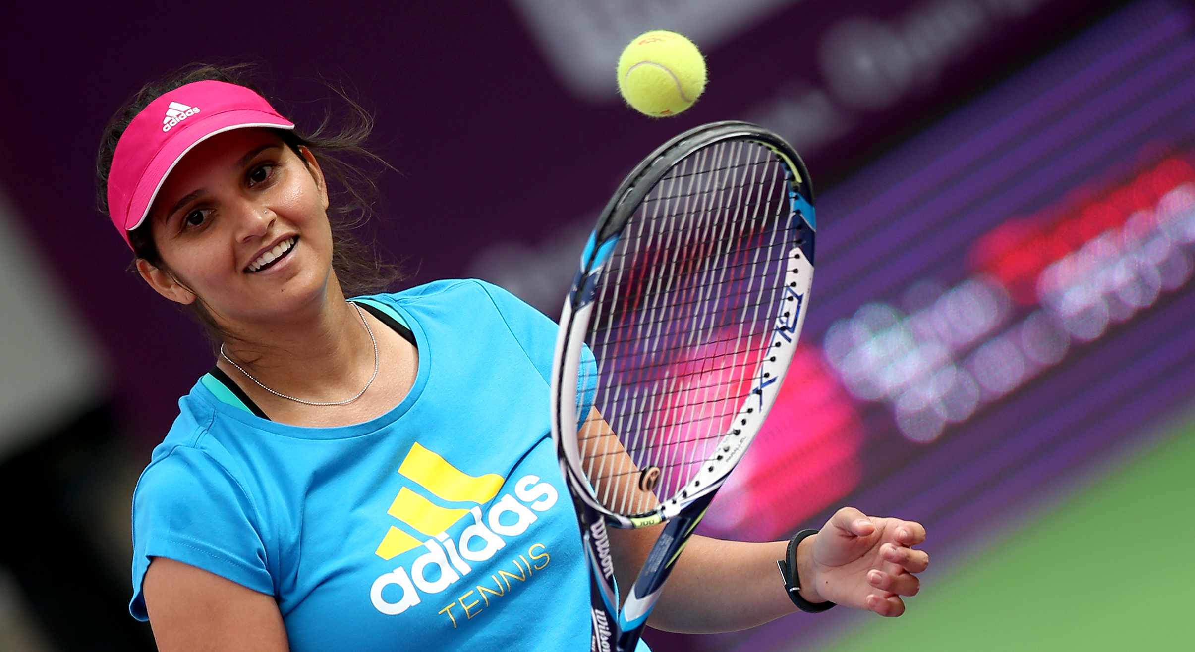 Pics of sania mirza for the