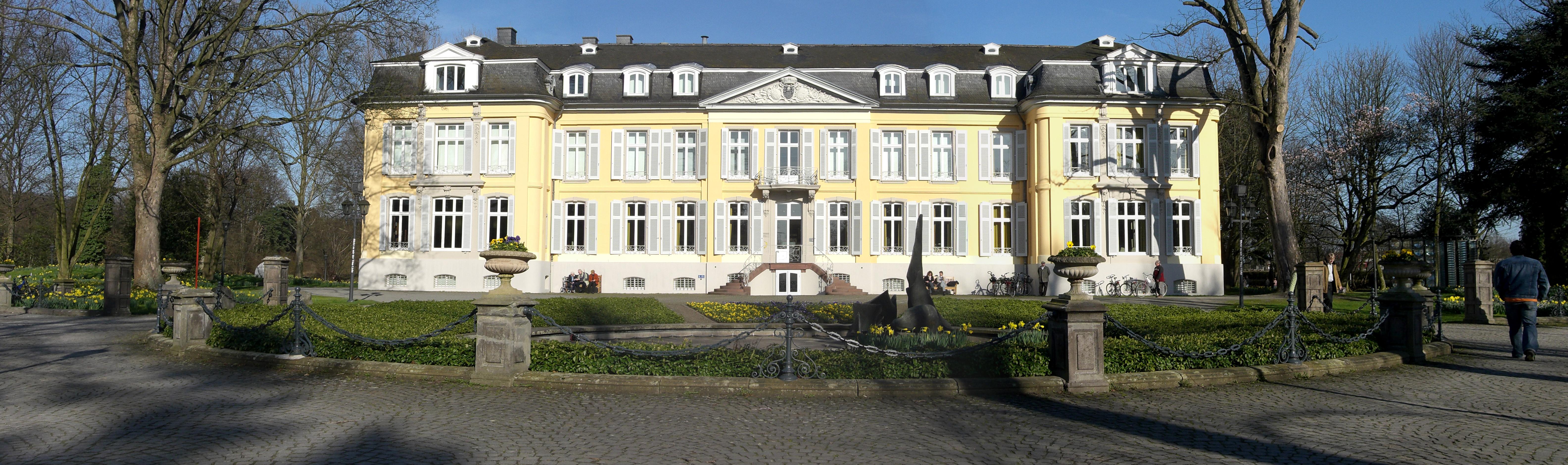 Schloss Morsborich Panorama.jpg