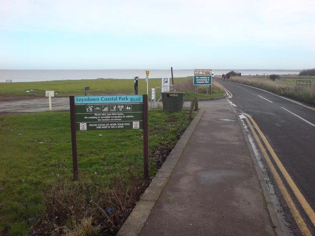 Shellness Road approaching Leysdown Coastal Park - geograph.org.uk - 1131893
