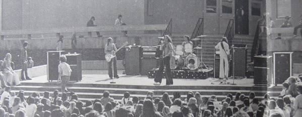 Van halen at La Canada High School 1976.jpg