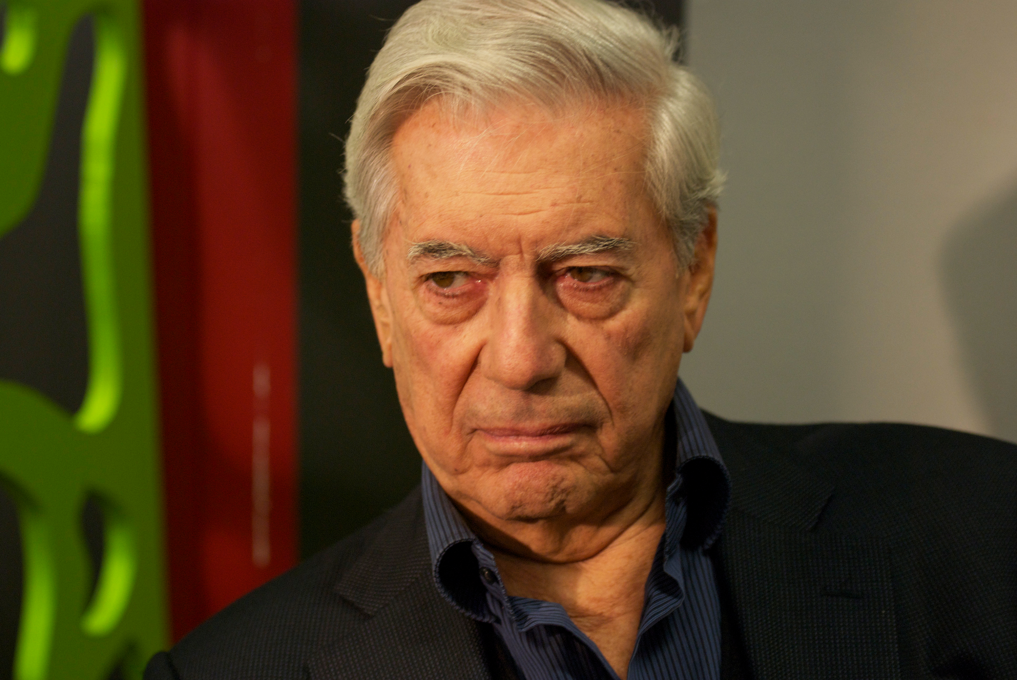 loading image for Mario Vargas Llosa