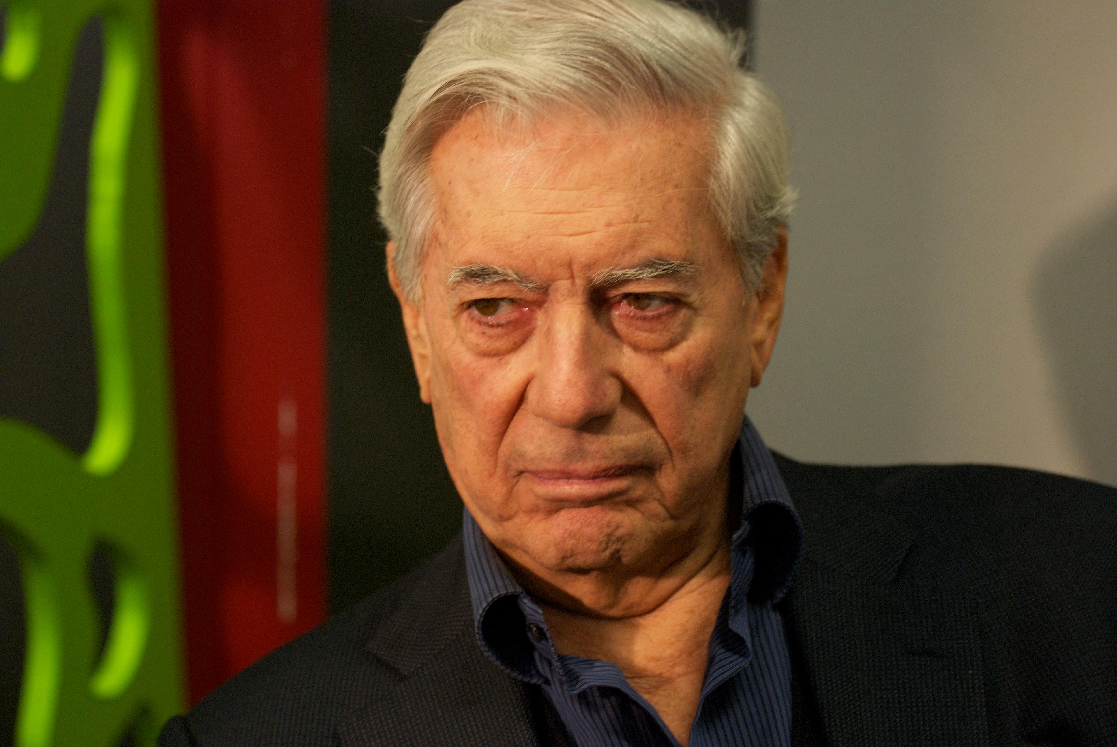 Mario Vargas Llosa Größe