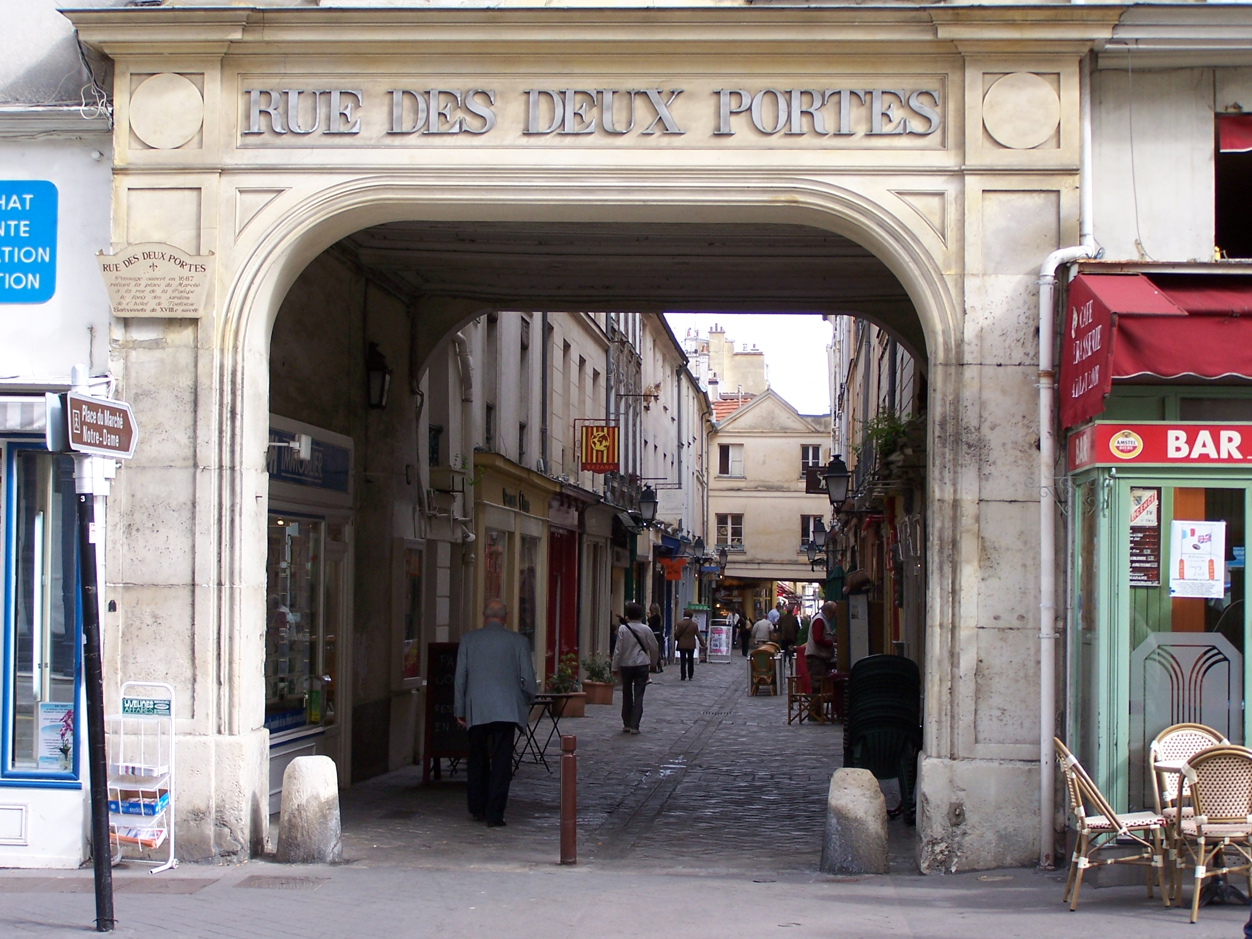 File versailles passage 2 wikimedia commons - Creperie passage des deux portes versailles ...