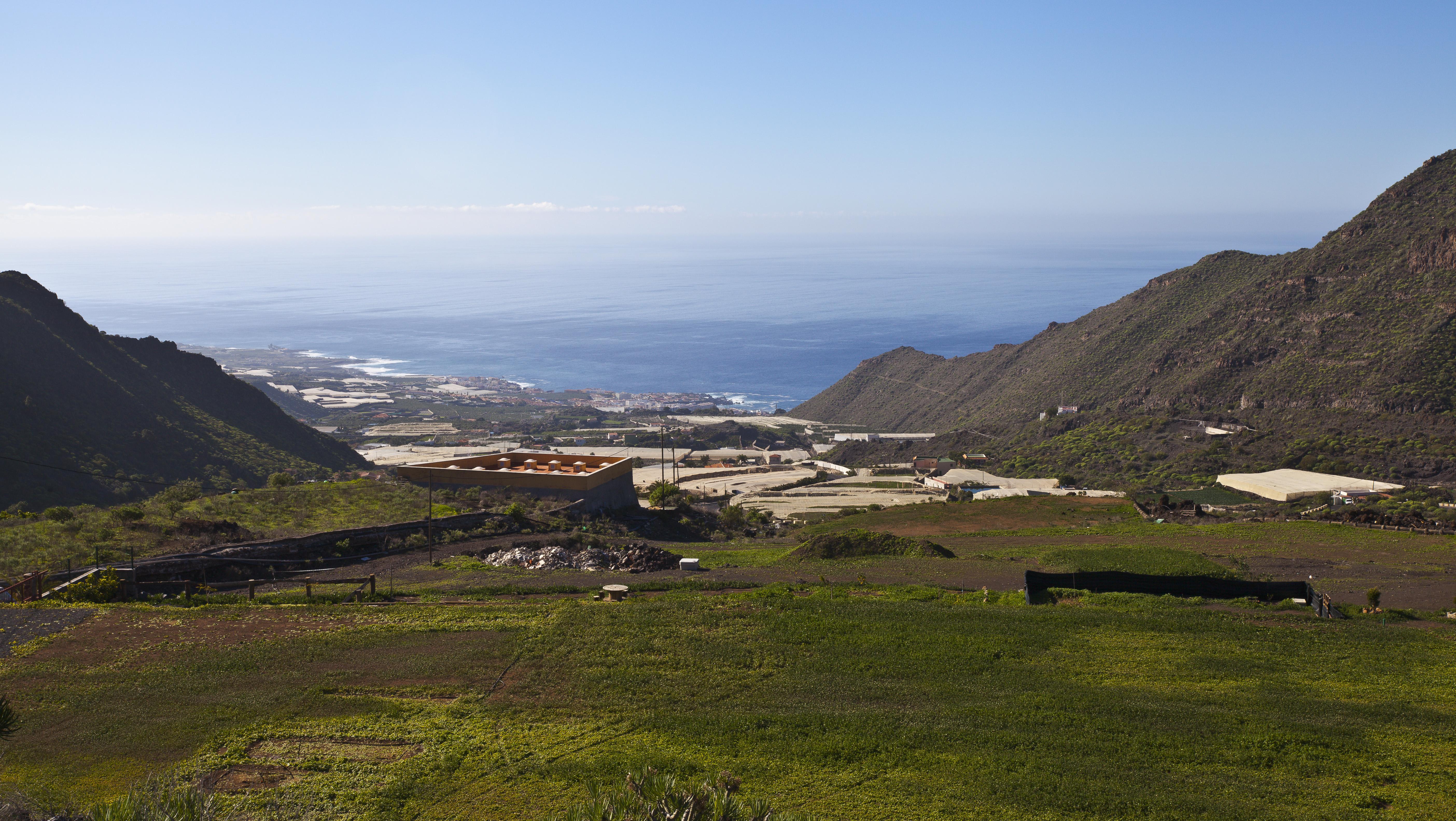File vista de puerto de santiago santa cruz de tenerife espa a 2012 12 16 dd - Puerto santiago tenerife mapa ...