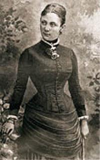 Berta Behrens.