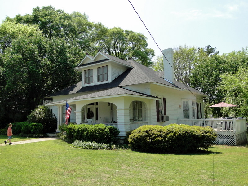 File:Wilson-Whetsell Home c.1890.jpg