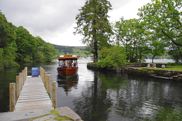 Wray Castle jetty-geograph-2514863