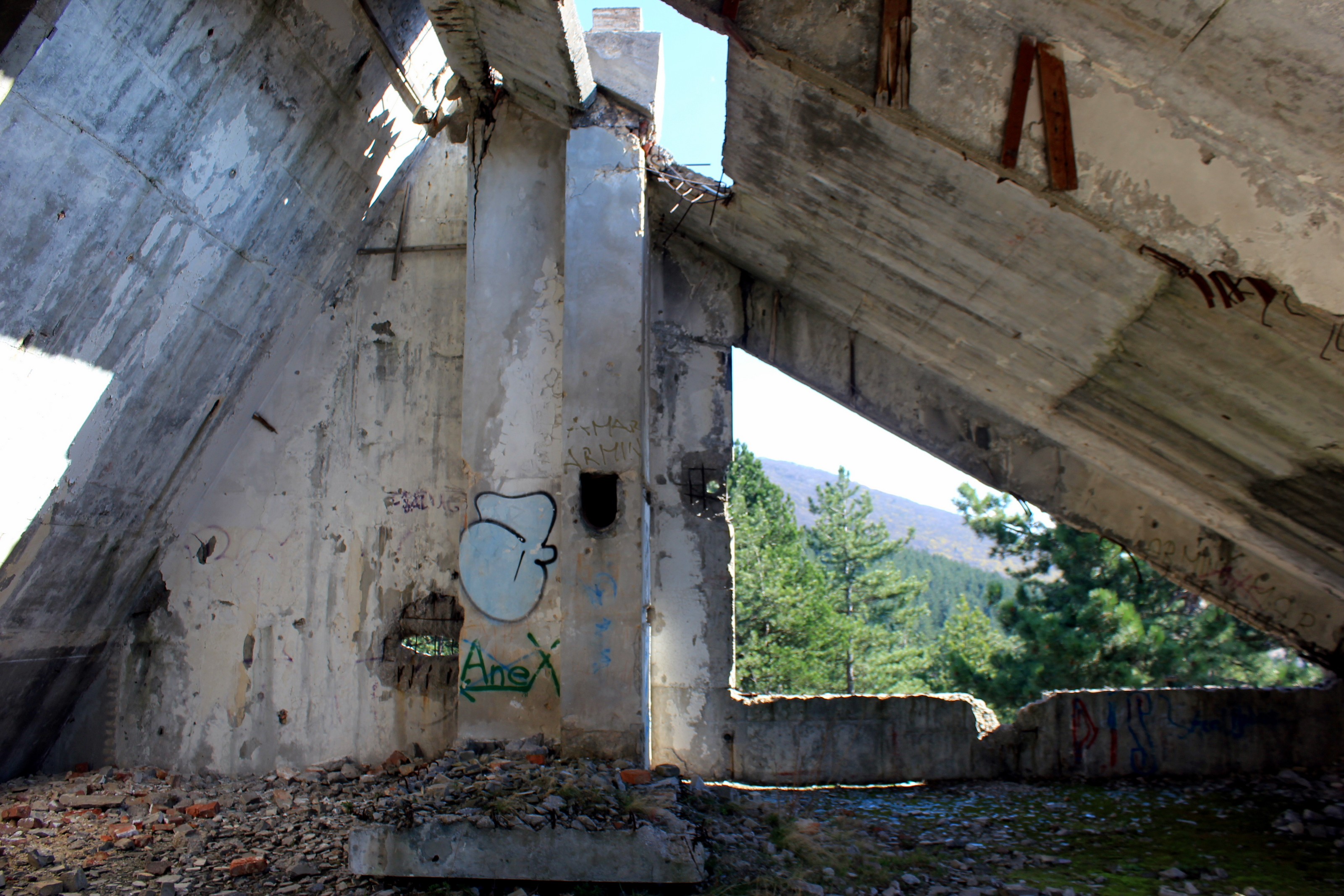 file:zlatište hotel 6 - wikimedia commons