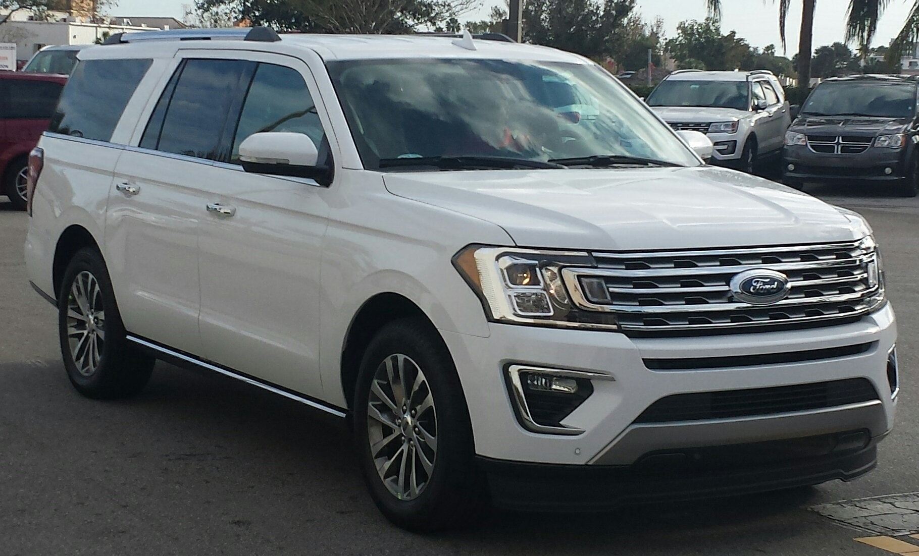 Ford Expedition Max Jpg