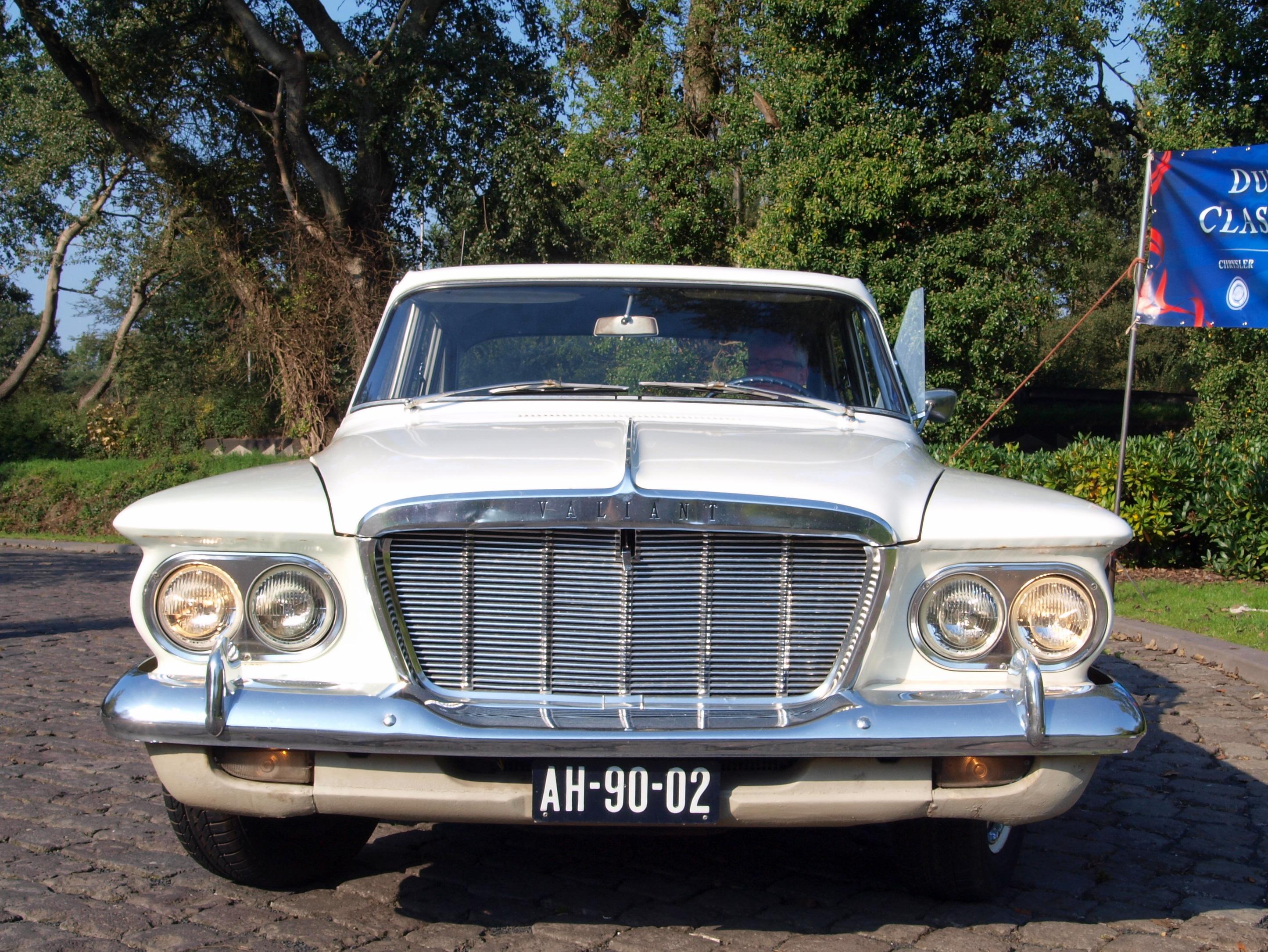 File:1962 Chrysler Valiant photo-4.JPG - Wikimedia Commons