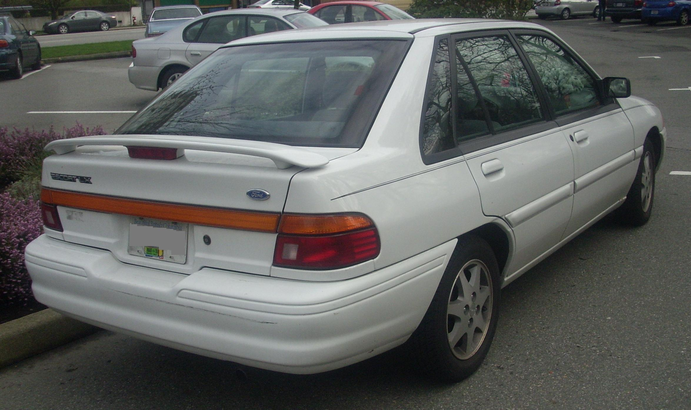 1995 Ford Escort Reviews and Rating