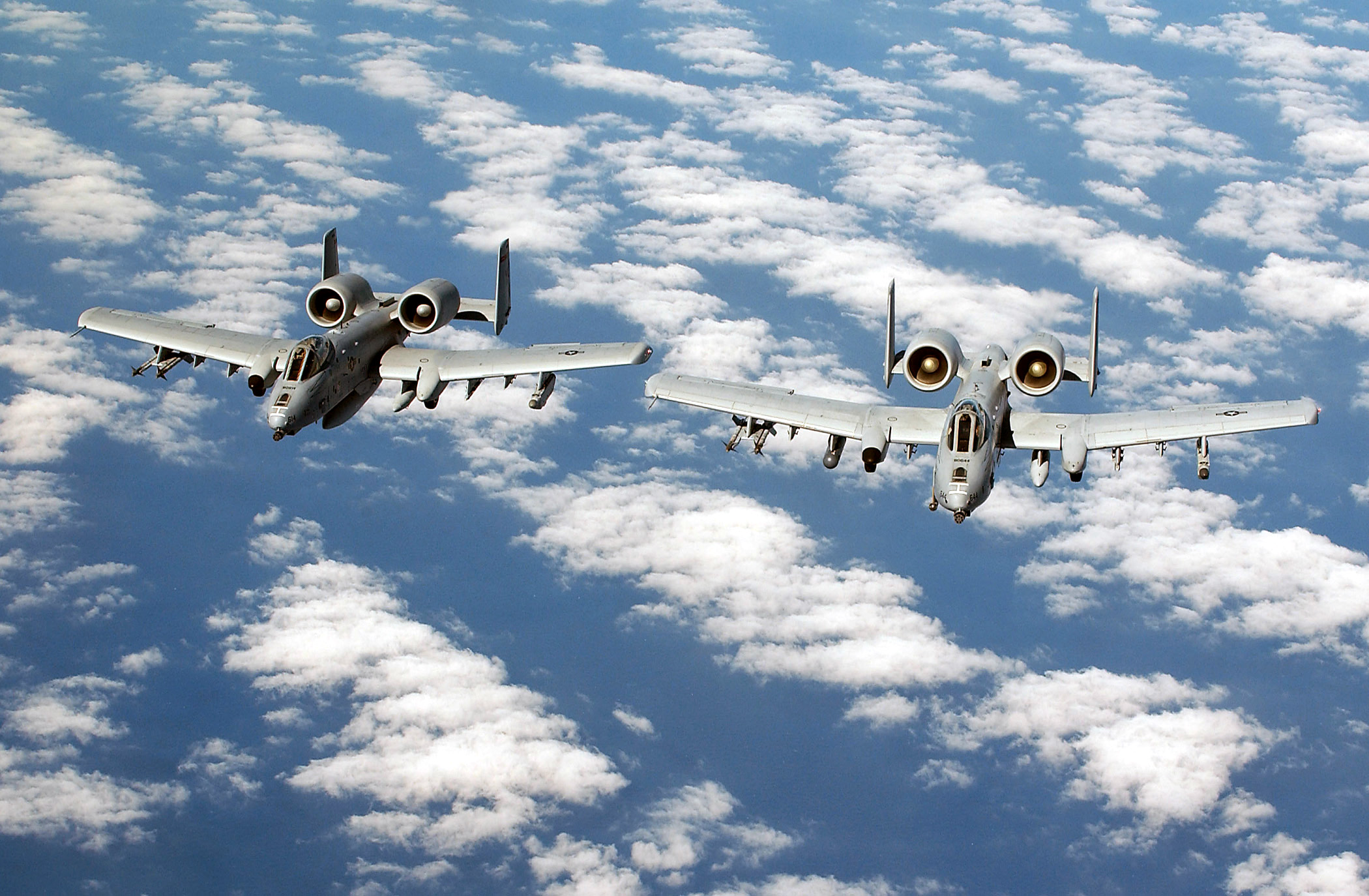File:A-10 Thunderbolt II 2.jpg - Wikimedia Commons