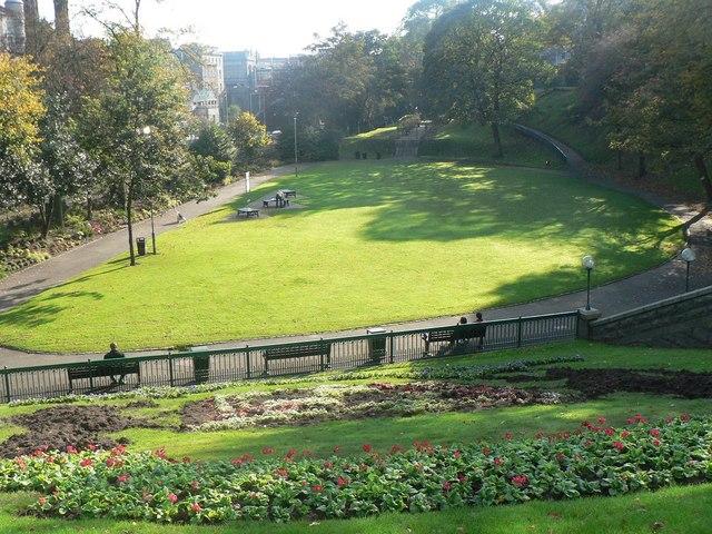 File aberdeen union terrace gardens for 48 skene terrace aberdeen