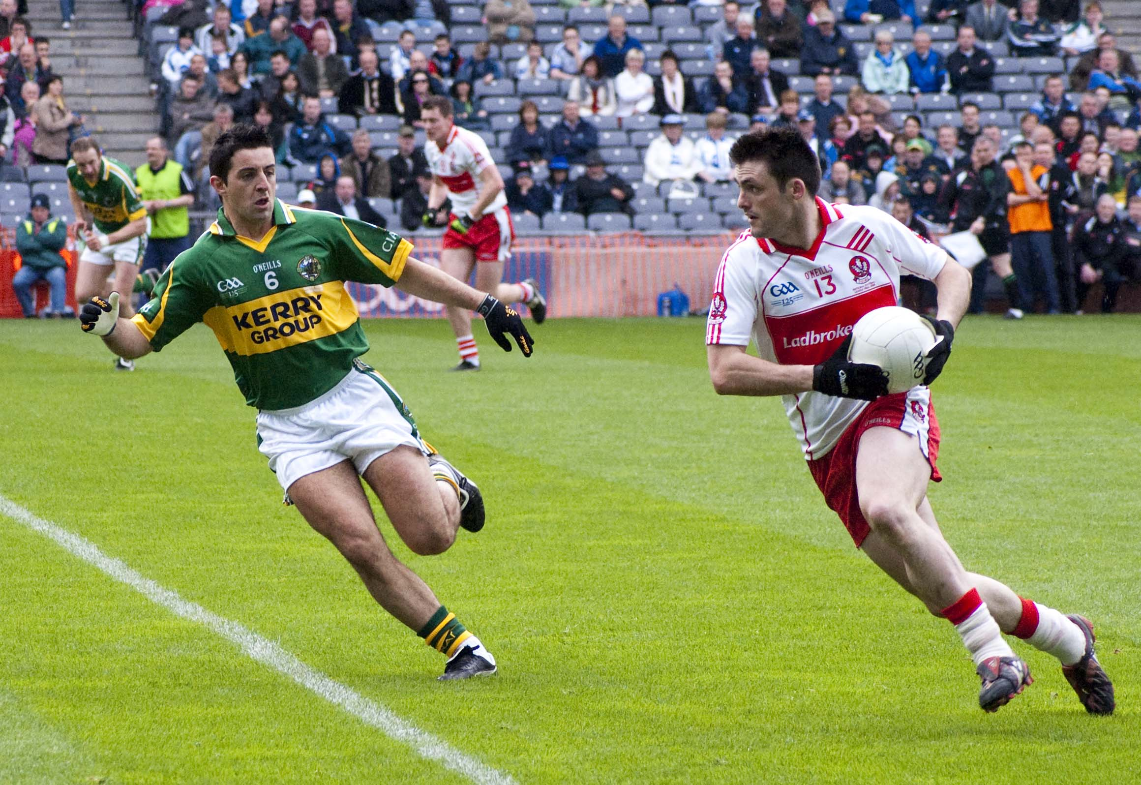 002e4b3f24038 Gaelic football - Wikipedia