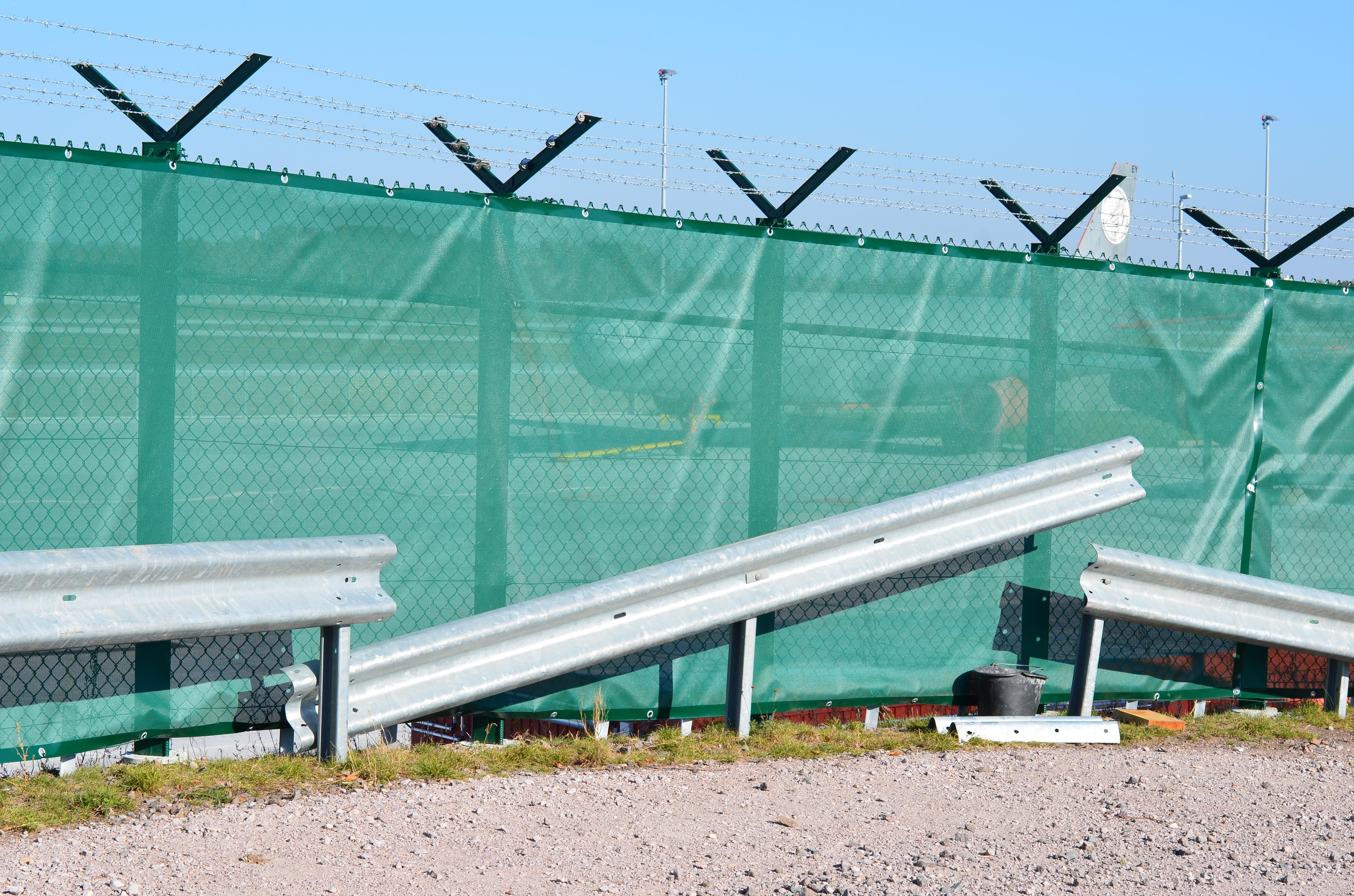 File Airport Frankfurt Fraport Flughafen Frankfurt Fence With