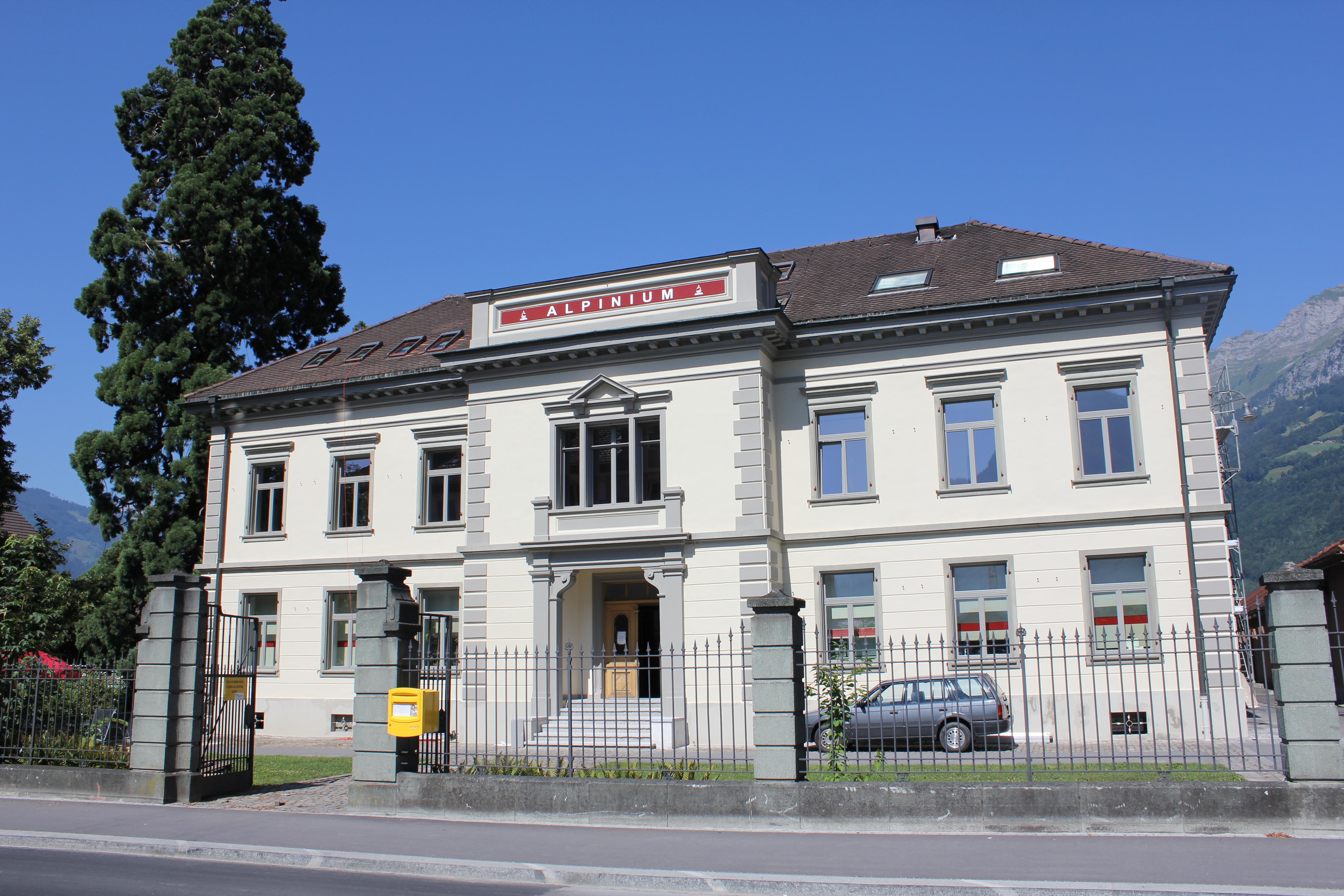 file alpinium walenstadt st gallen switzerland wikimedia commons. Black Bedroom Furniture Sets. Home Design Ideas
