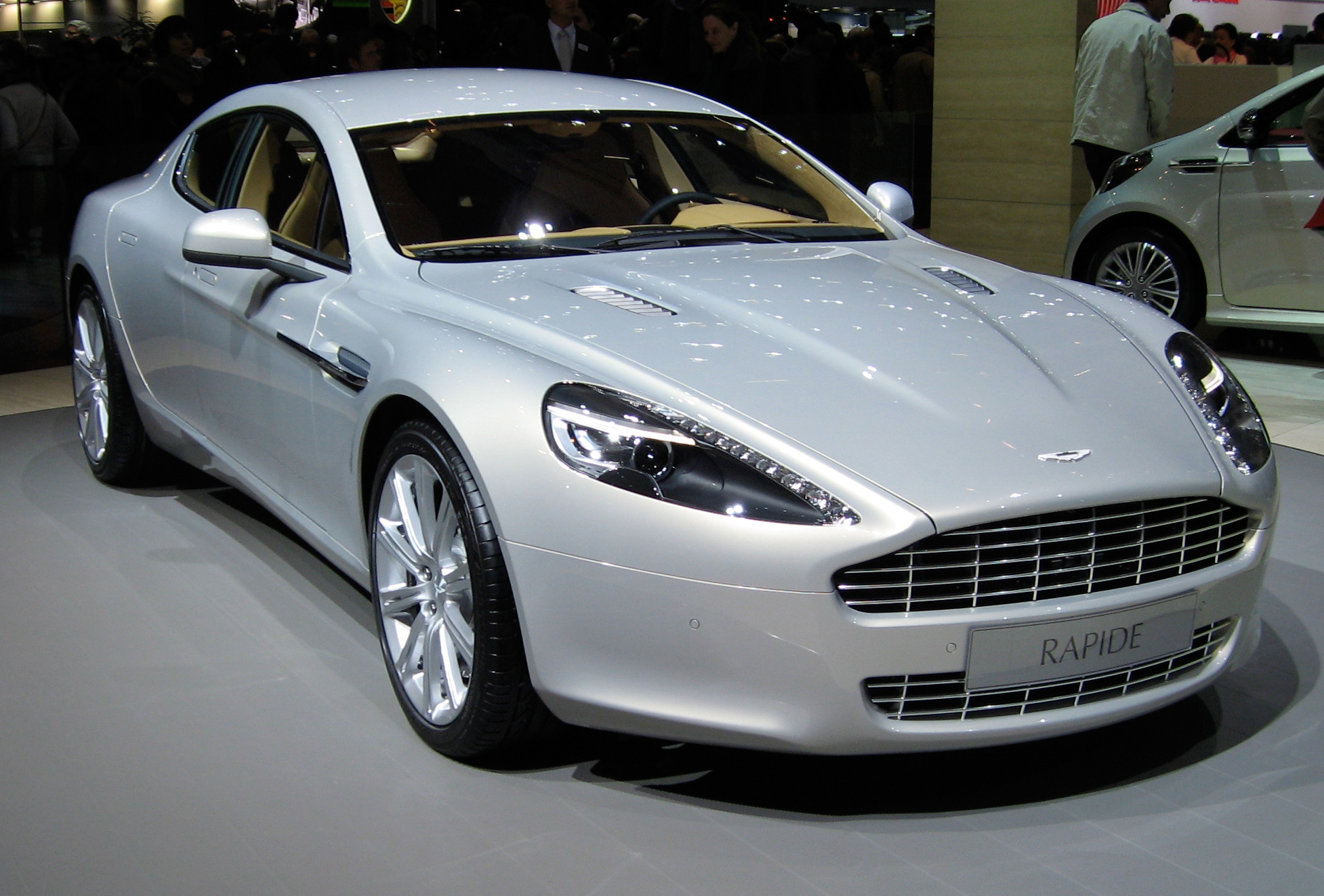 aston martin rapide wikiwand. Black Bedroom Furniture Sets. Home Design Ideas