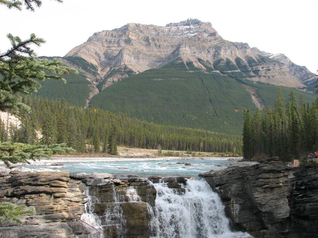 Athabasca Falls 01