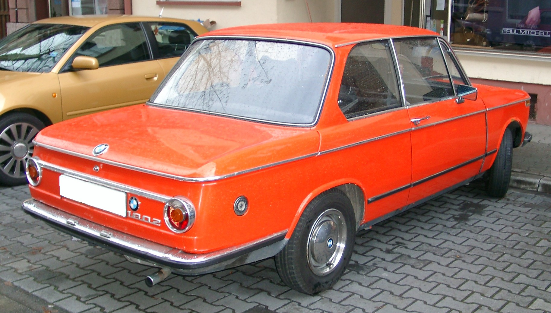 File:BMW 1802 rear 20071114.jpg