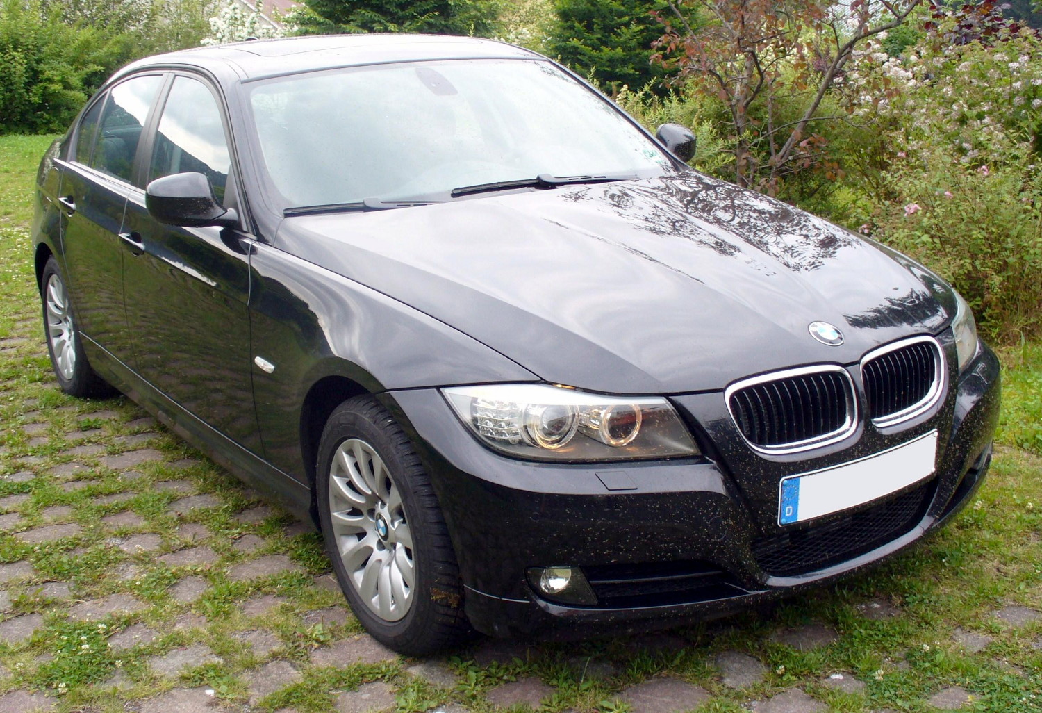 file bmw 320d facelift jpg wikimedia commons. Black Bedroom Furniture Sets. Home Design Ideas