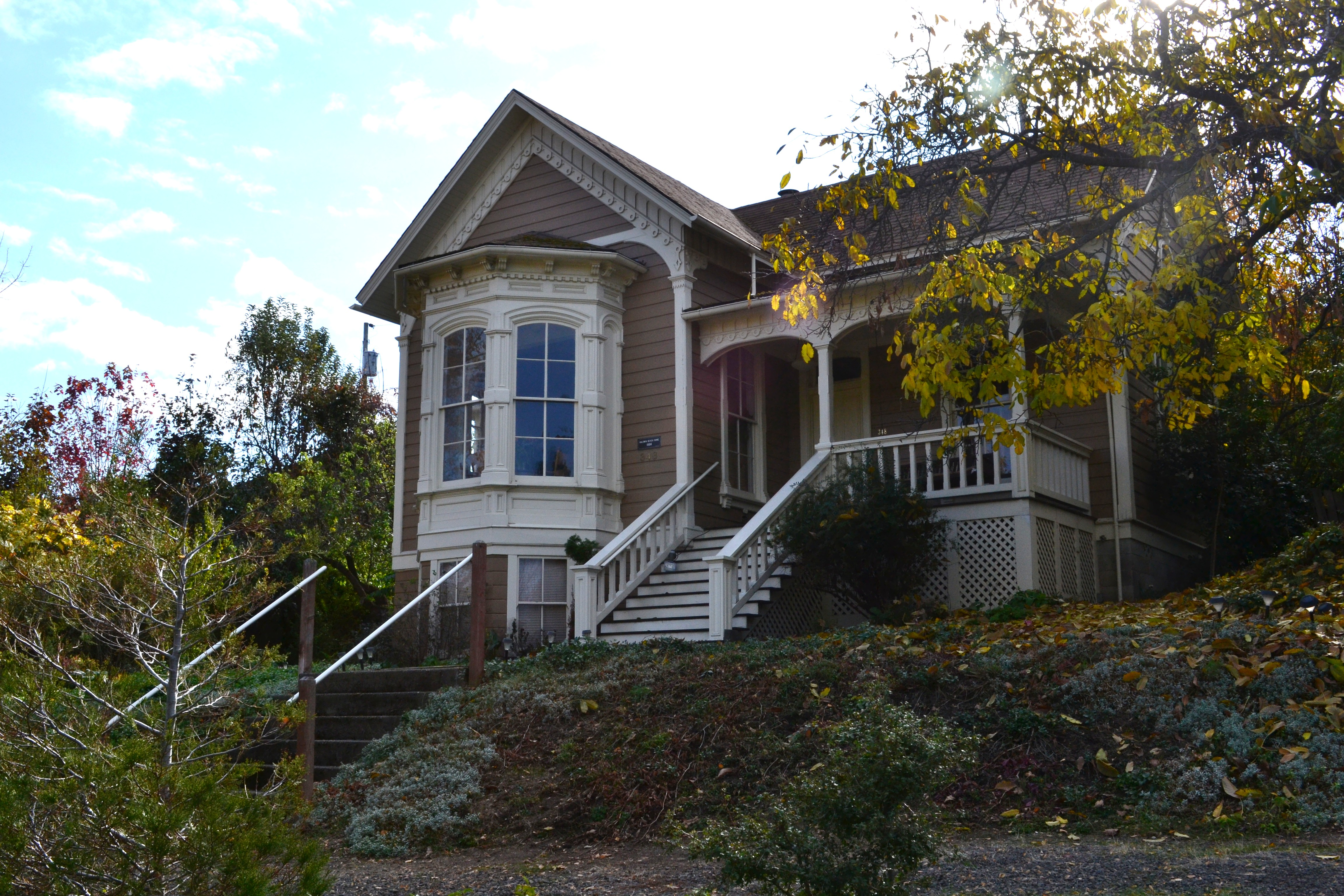 File baldwin beach house ashland oregon jpg wikimedia for Building a home in oregon